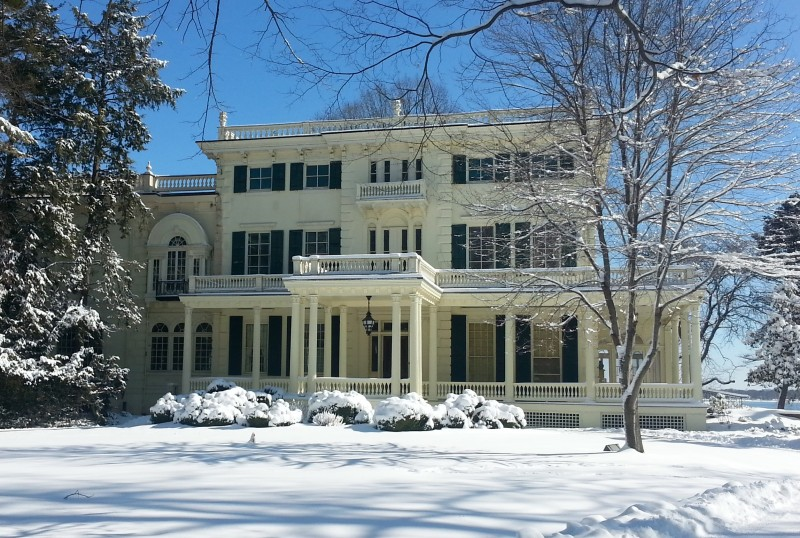 Glen Foerd mansion winter